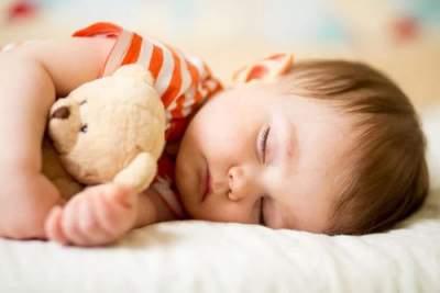 Мамам рассказали, как ускорить засыпание ребенка