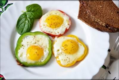 Медики рассказали, кому стоит отказаться от яиц