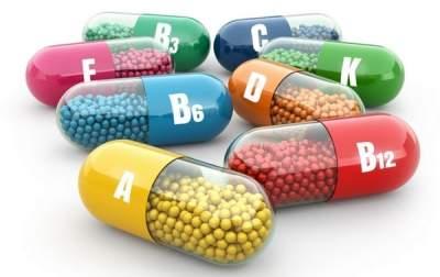 Медики объяснили, почему нельзя злоупотреблять витаминами