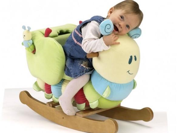 Подарок для ребенка на 1 год: возможные варианты и нежелательные подарки